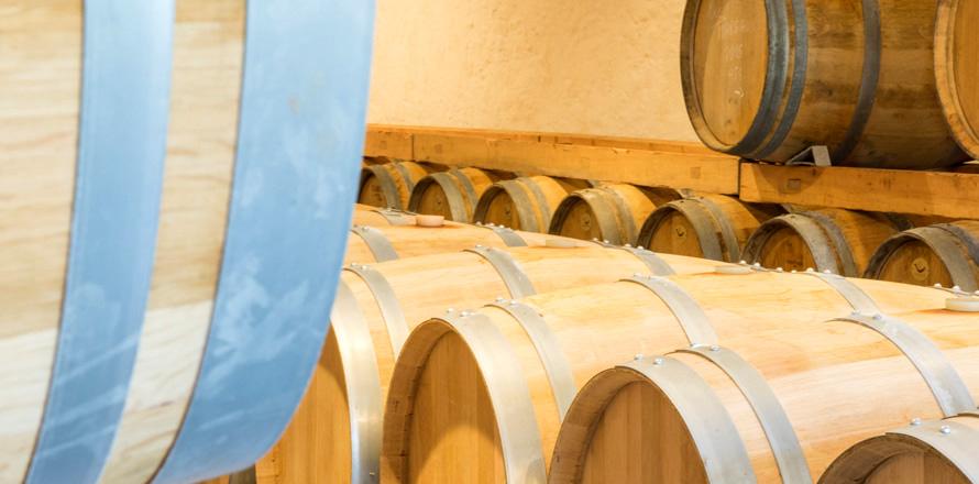 Les Vignobles Alain Roses - Château Grand Tayac Margaux - Château Hau Bellevue Moulis - Bordeaux - tonneaux